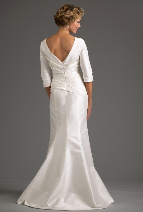 Wedding Dresses For Women Over 50 With Open Back And Long Length Sleeves