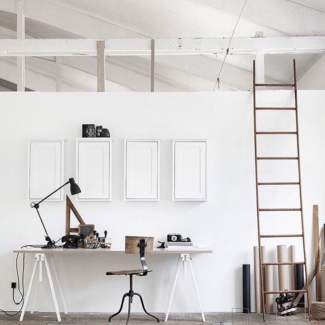 » I'm so obsessed with this space!!! Studio goals // tumblr inspo. x (sskeptical.tumblr.com)