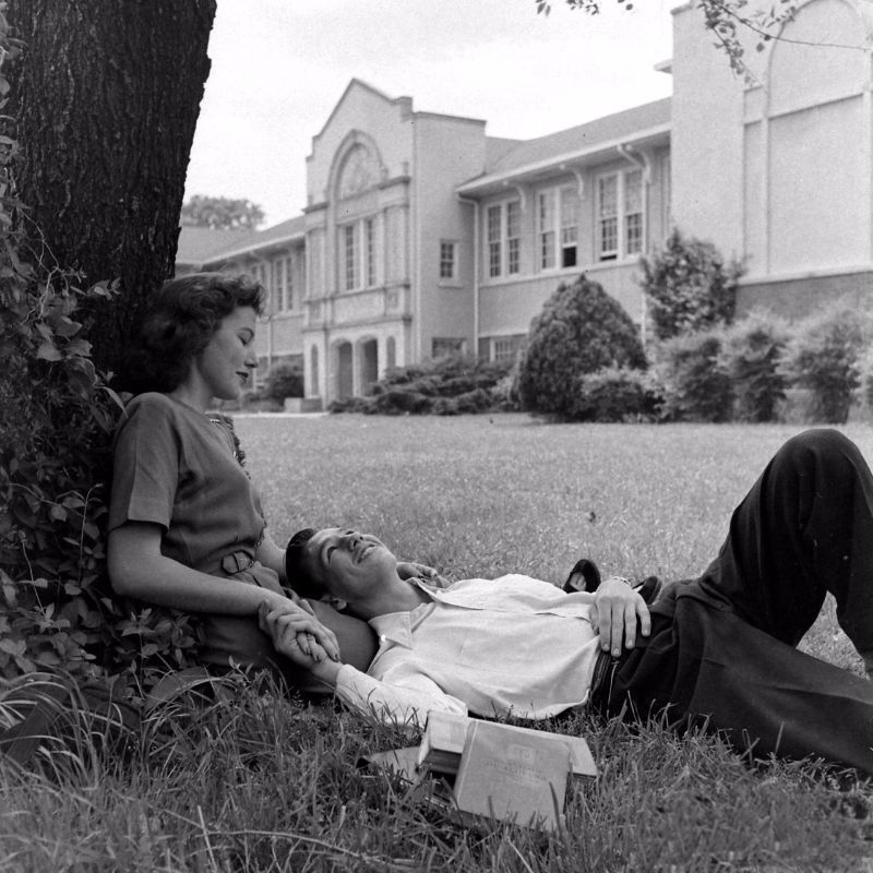 That Thing Called Love 35 Romantic Photos Of Couples From Between The 1930s And 1950s