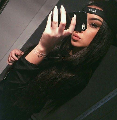 Descubre y comparte las im genes m s hermosas del mundo S E L F I E S Pinterest  Brown Girls and Search. Tumblr Iphone Selfie