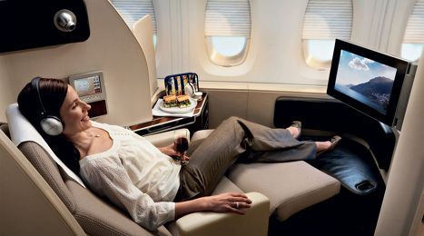 Sydney Los Angeles First Class Comparo Qantas Vs American Airlines Flying First Class Business Class Flight Business Class Tickets