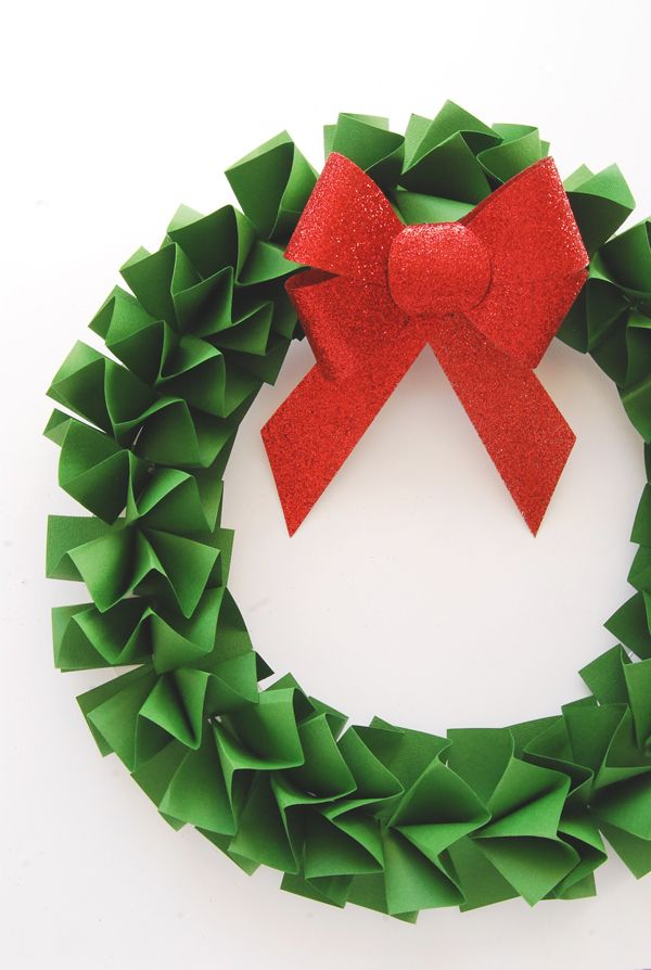 Paper Christmas Wreath Ideas.Diy Paper Holiday Wreath Merry Bright Paper Christmas