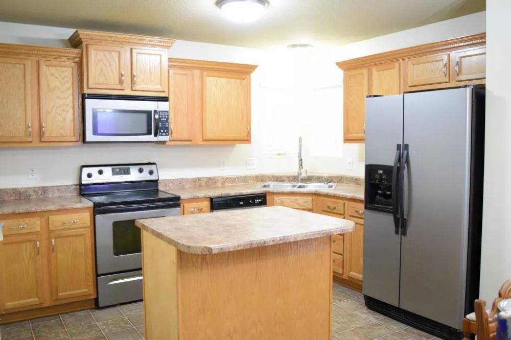 wall colors for honey oak cabinets  oak kitchen cabinets