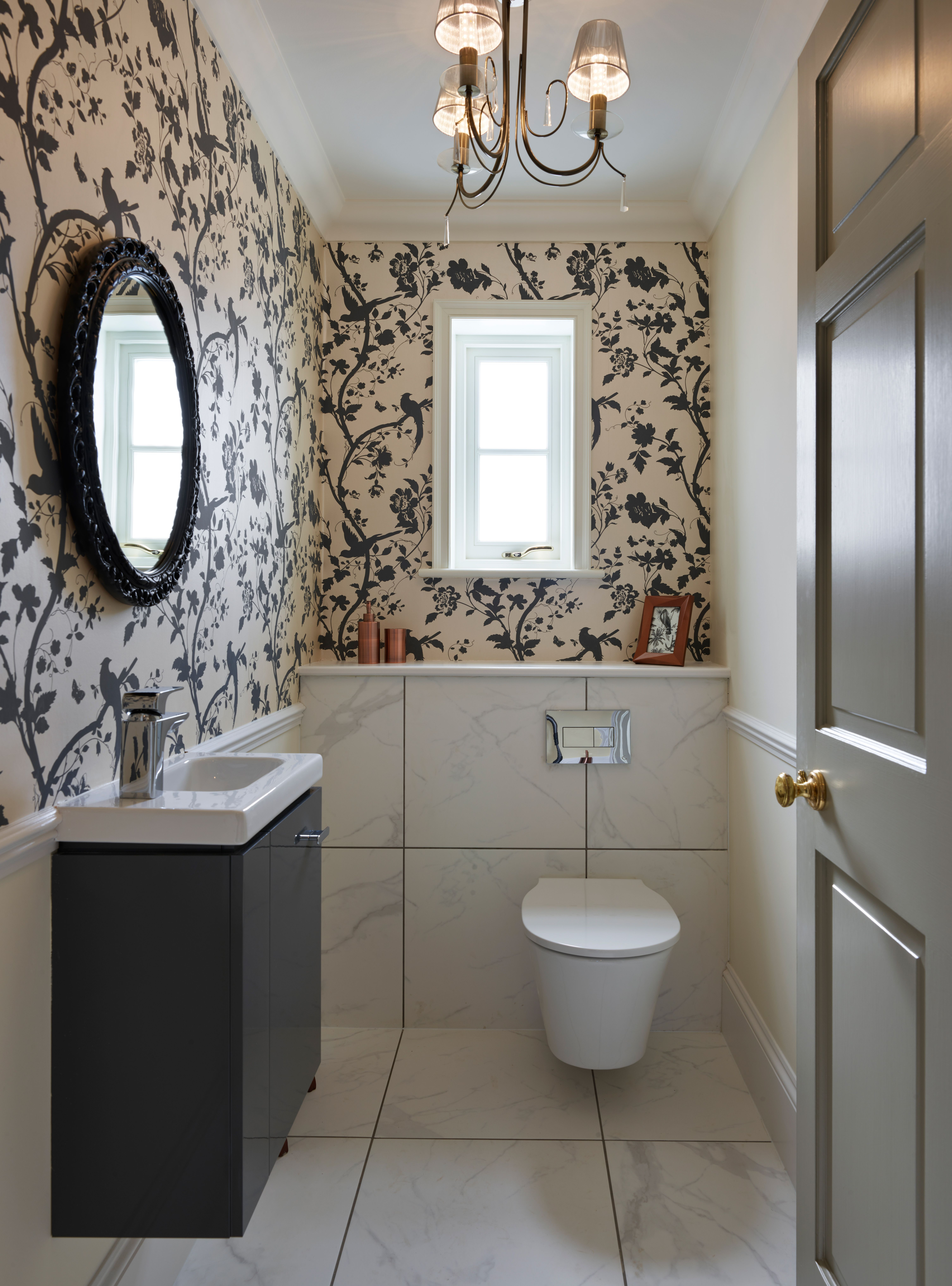 An Elegant Victorian Bathroom With Wallpaper And Sliding Sash Window Homedecor
