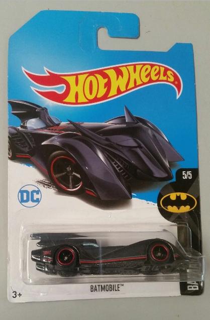 2017 Hot Wheels Super Treasure Hunt Batmobile Comics Batman