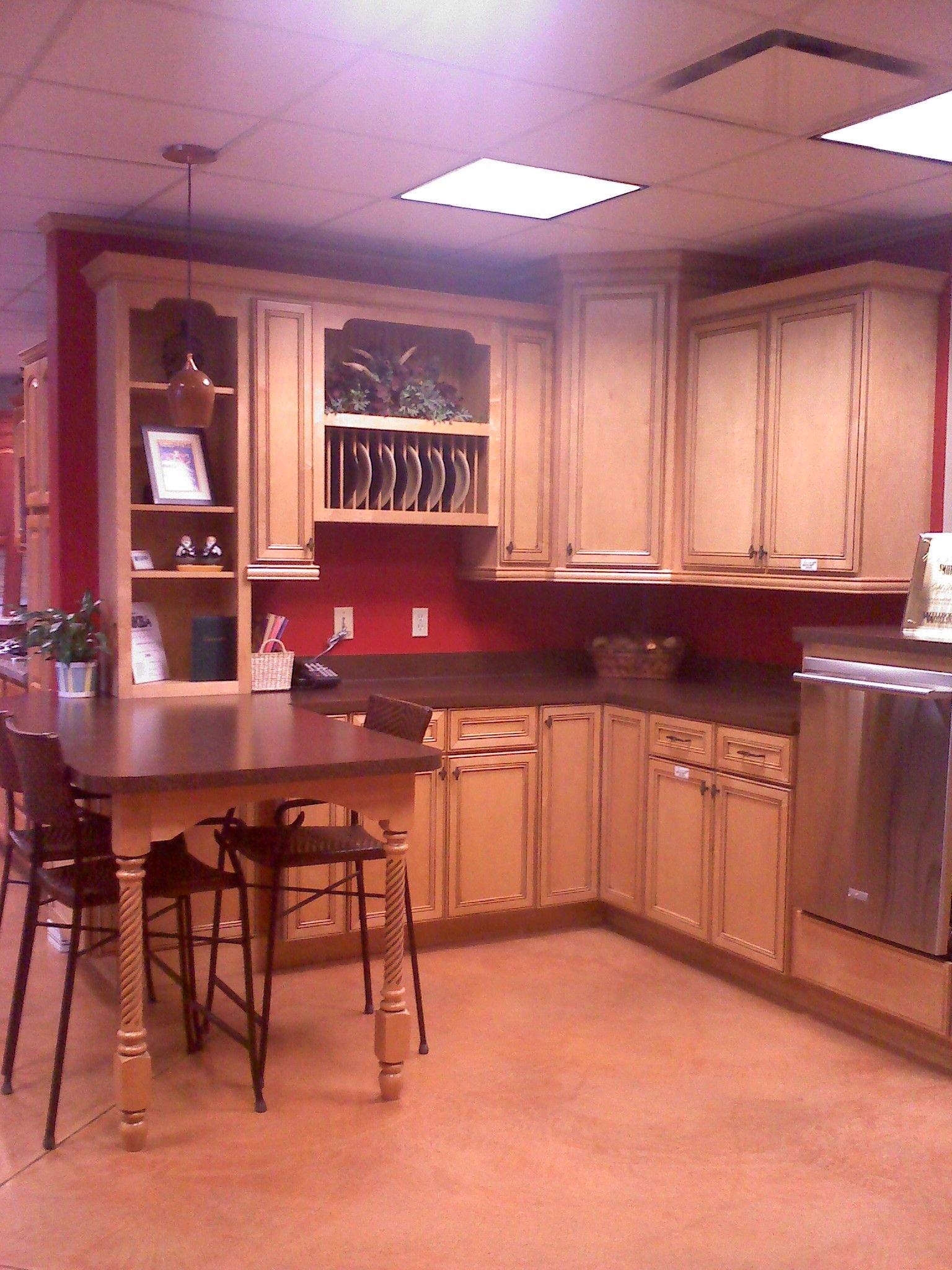 Caruso's Cabinets Wellborn Cabinet Harmony Maple Honey Java ...