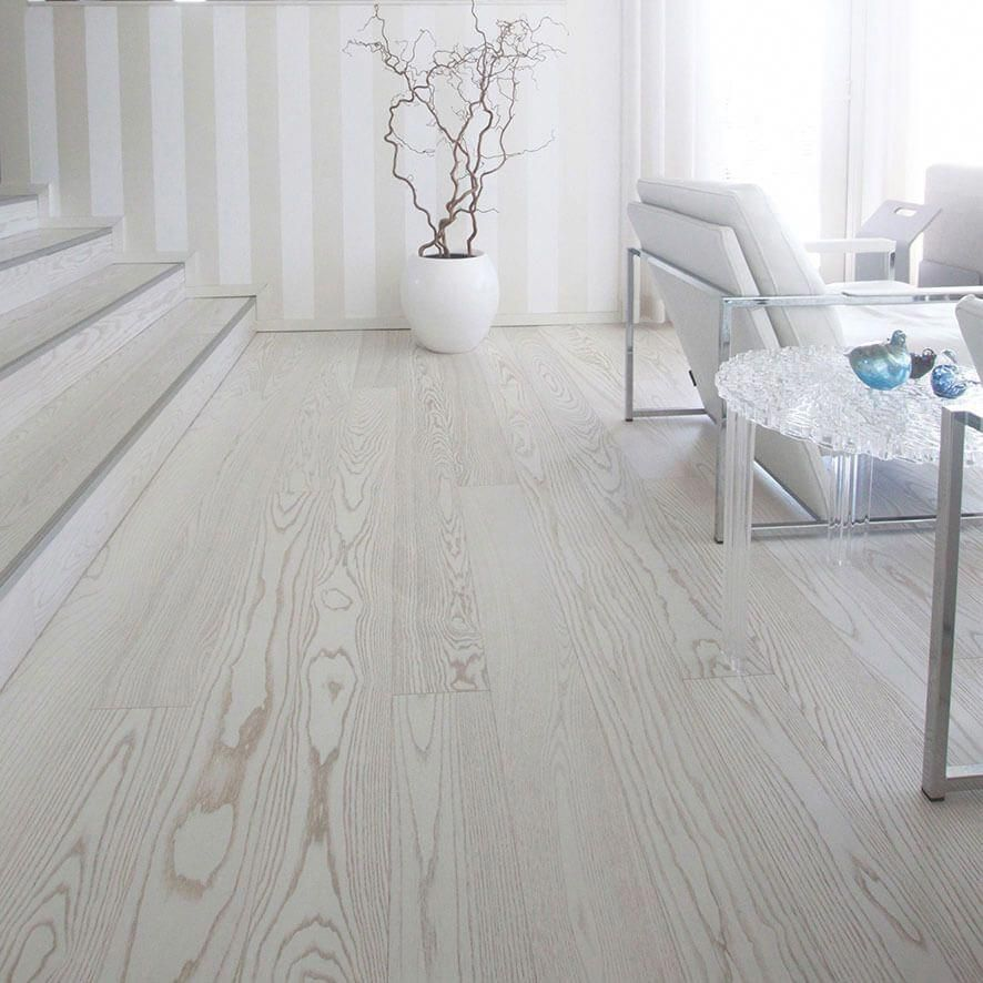 Check Out This Awesome Photo What A Very Creative Style And Design Bambooflooring Pavimenti In Legno Bianco Idee Camera Da Letto Moderna Pavimenti In Legno
