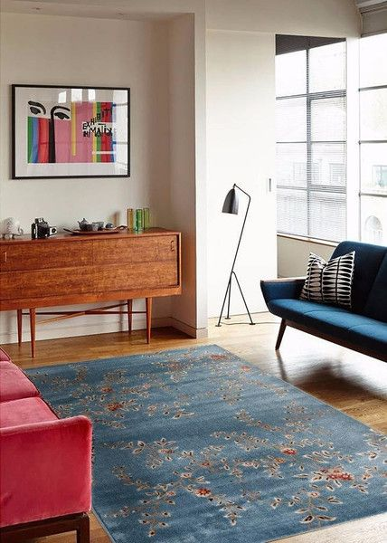 Stunning Blue Fl Transitional Rugs Perfect For Any Home Decor This Rug Is Really Easy