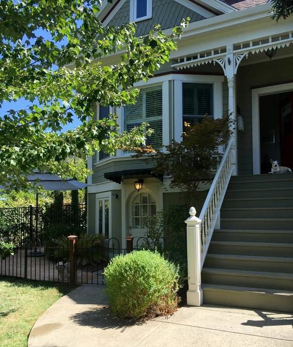 Check Out This Awesome Listing On Airbnb: The Inkling