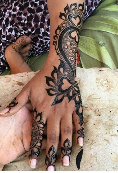 Pin By Aarchi Shah On Mhendi Henna Tattoo Designs Bridal Henna