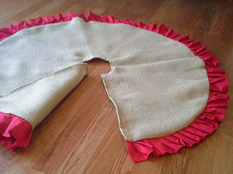 45 Natural Burlap Christmas Tree Skirt w/ Red by theartsyhippie, $60.00