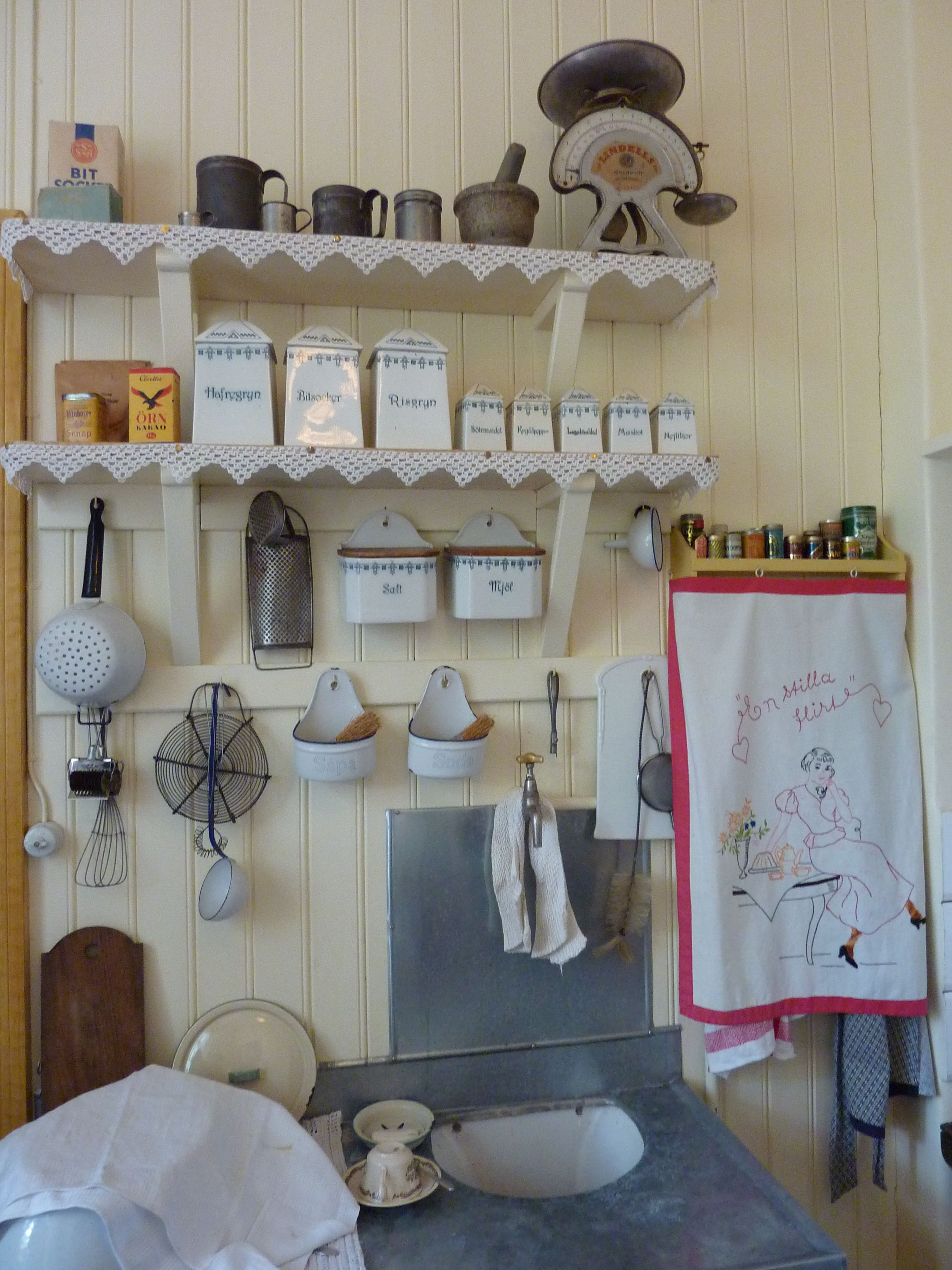 Sweden Old kitchen.  Oh my goodness!  Love!