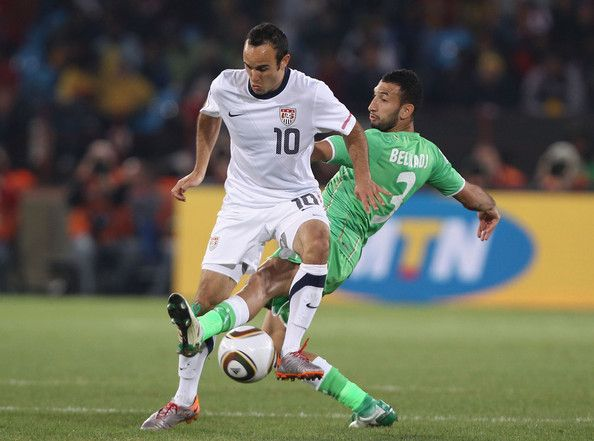 Nadir Belhadj Photos Photos Usa V Algeria Group C 2010 Fifa World Cup Fifa World Cup Good Soccer Players
