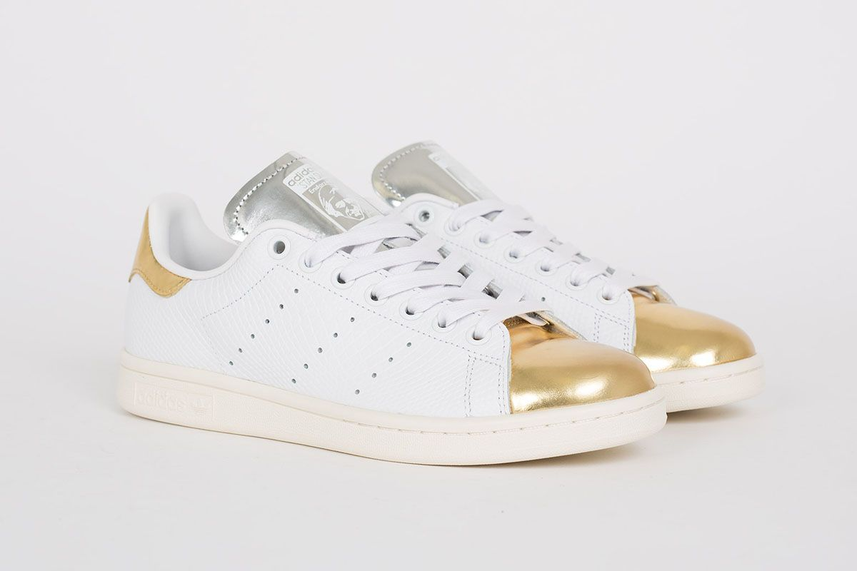adidas stan smith white metallic gold silver street. Black Bedroom Furniture Sets. Home Design Ideas
