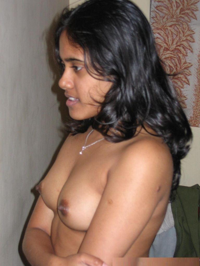 Tamil aunty nude and naked stills — pic 9