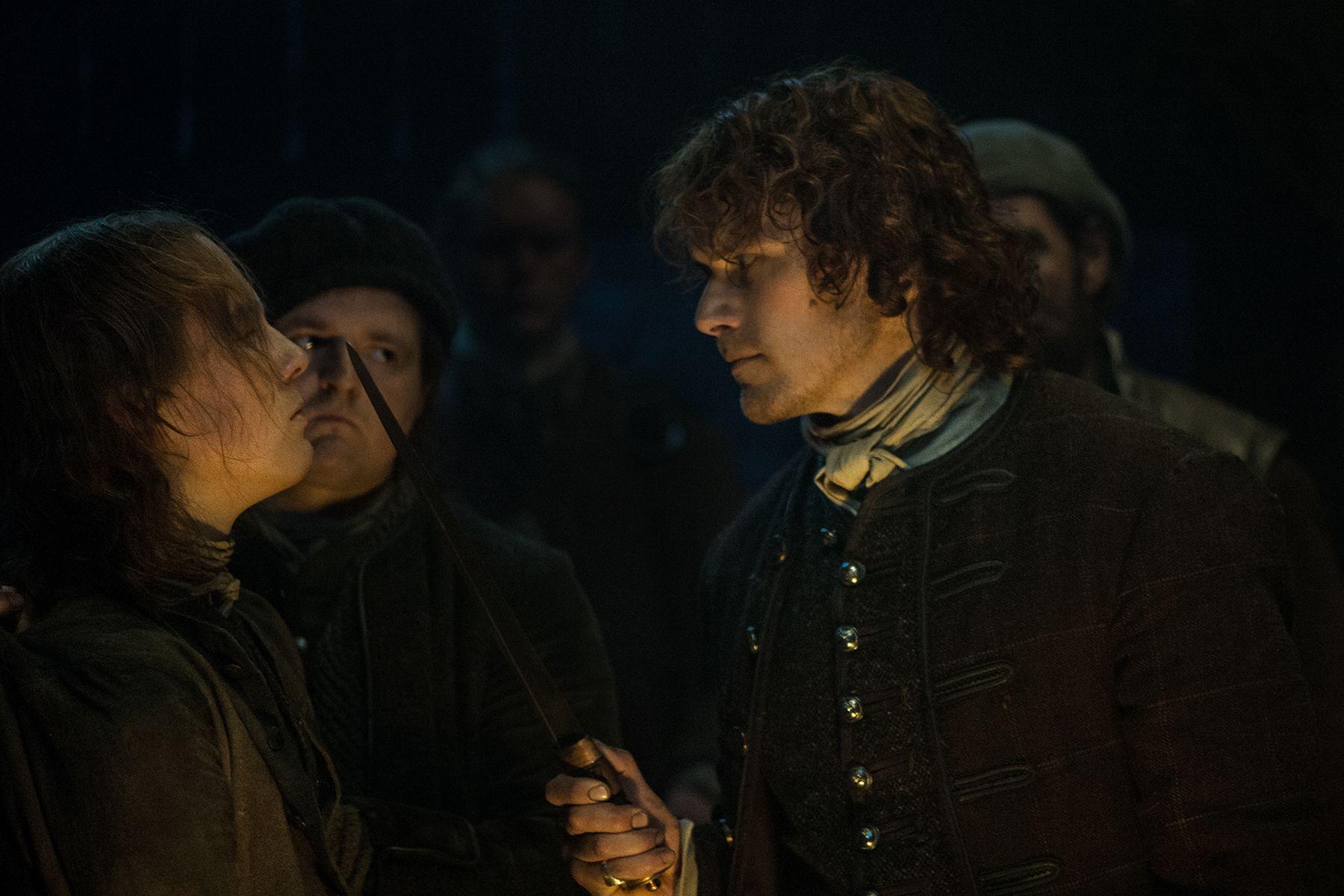 Oscar-Kennedy-as-William-Grey-Sam-Heughan-as-Jamie-Fraser-Episode-209.jpg (1800×1200)