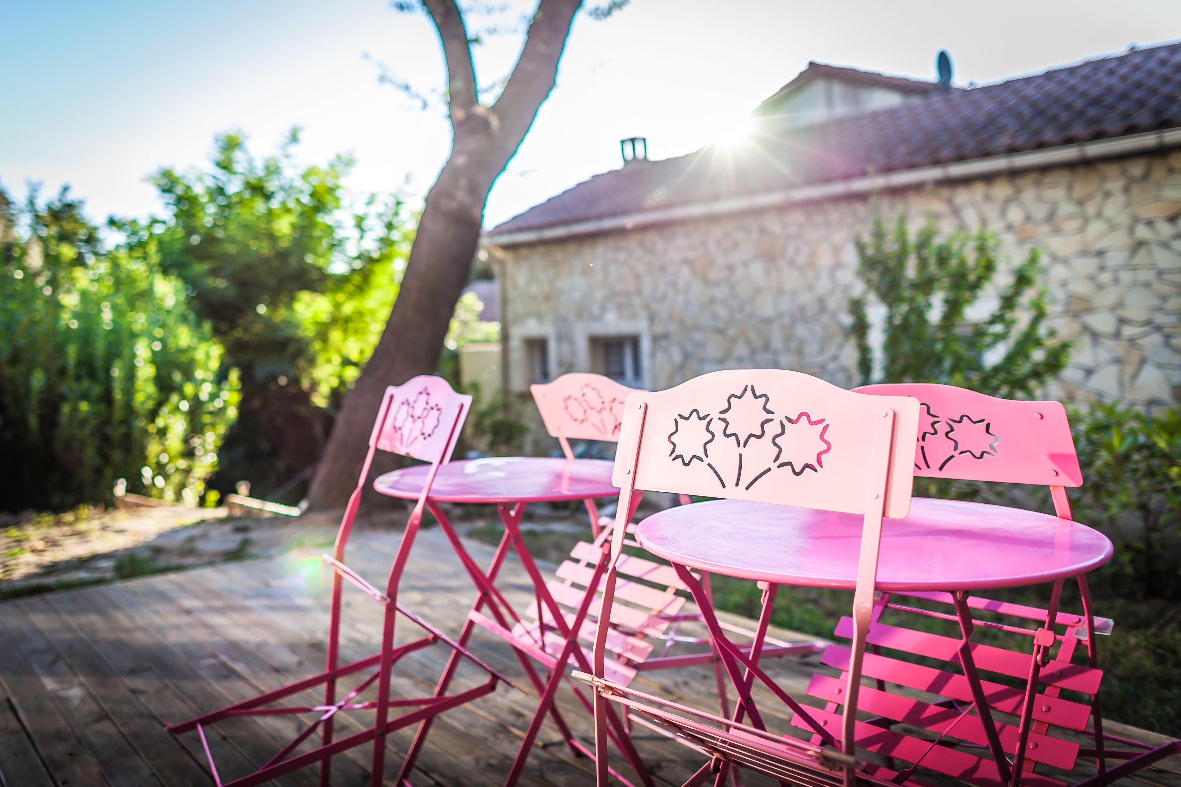 Notre Gite Insolite Sous Le Soleil De Provence Maisonsbulles Bulle Insolite Nature Nuitinsolite Hebergementinsolite Voyage Gite Insolite Hebergement Insolite Et Decoration Exterieur