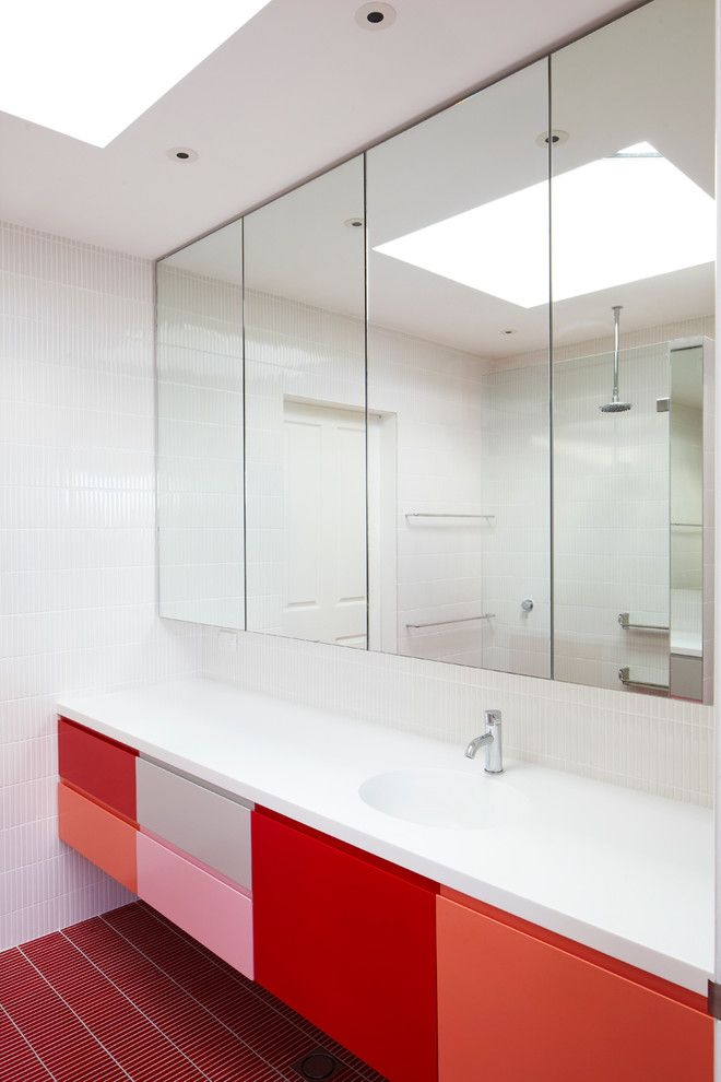Fresco of Stylish and Space-Efficient Bathroom Vanity Cabinet Ideas