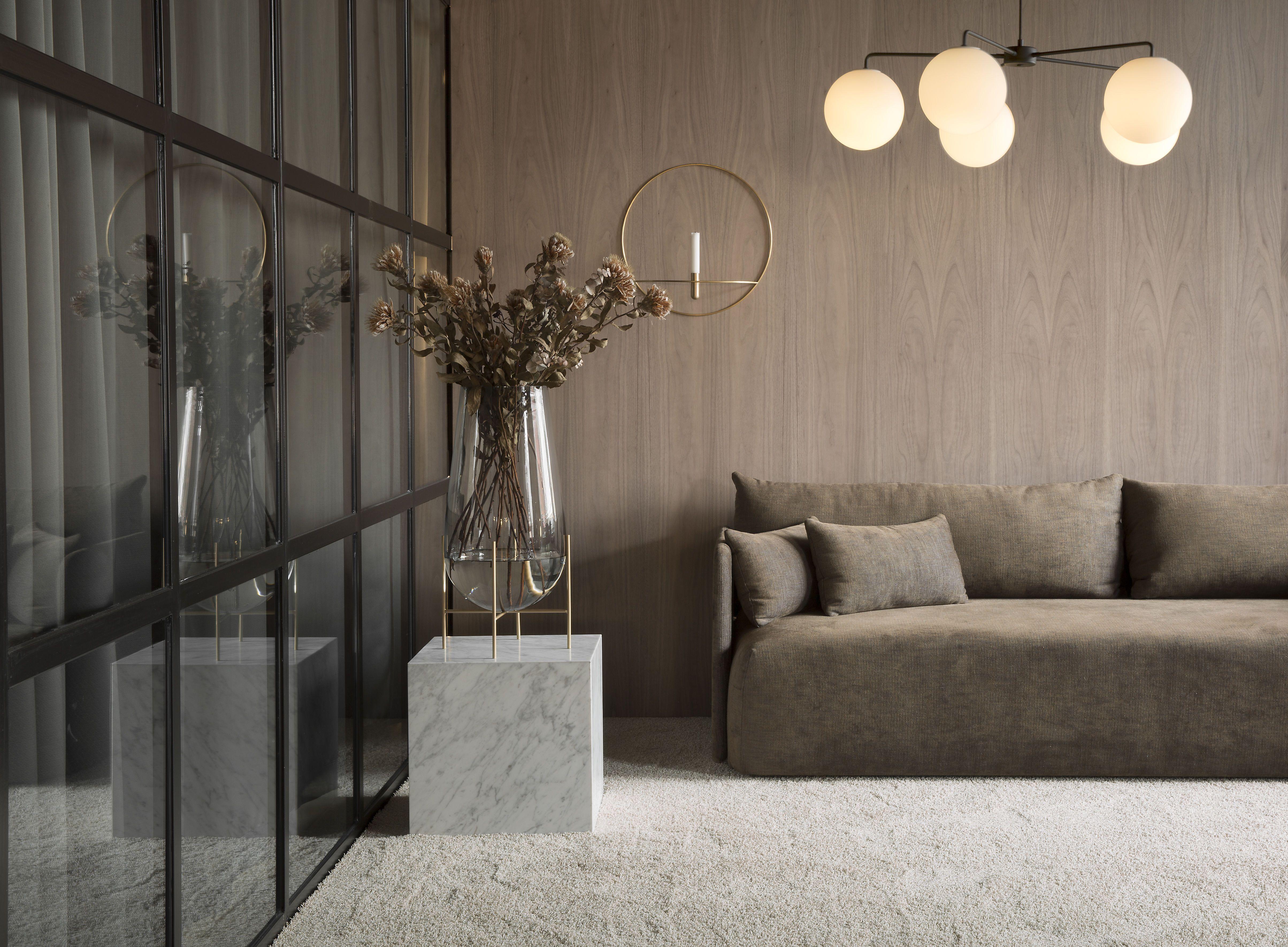 MENU SS18 | Offset Sofa, Plinth, Echasse Vase | Haus deko