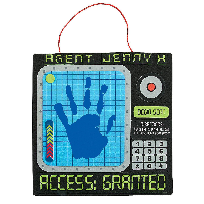 Agents of Truth Handprint Sign Craft Kit - OrientalTrading.com