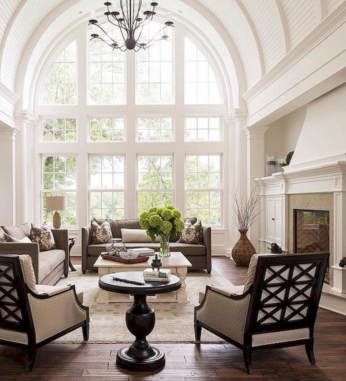 30 Elegant Farmhouse Living Room Decor Ideas images