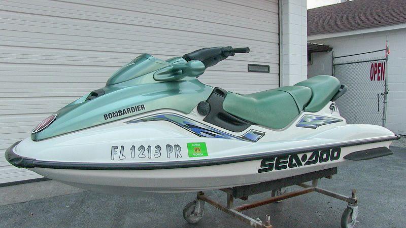 2000 Sea-Doo GTi 2-Stroke, 3 seater jet ski, great condition