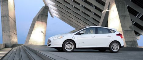 Ford Focus Electric Earns Top Vehicle Safety Rating From Nhtsa Ford Focus Ford Focus Electric 2012 Ford Focus