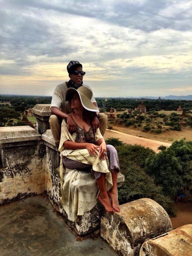 Beyoncè & Jay Z in Burma December 2014