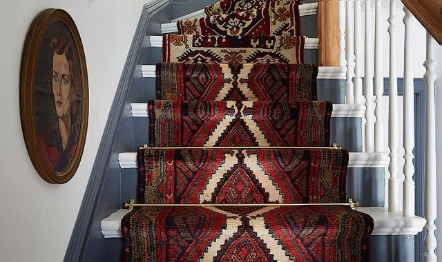Make it: An Unique Vintage Staircase Runner