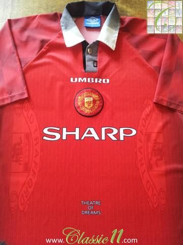 b83a2c0bce3 Relive Manchester United s 1996 1997 season with this original Umbro home football  shirt.