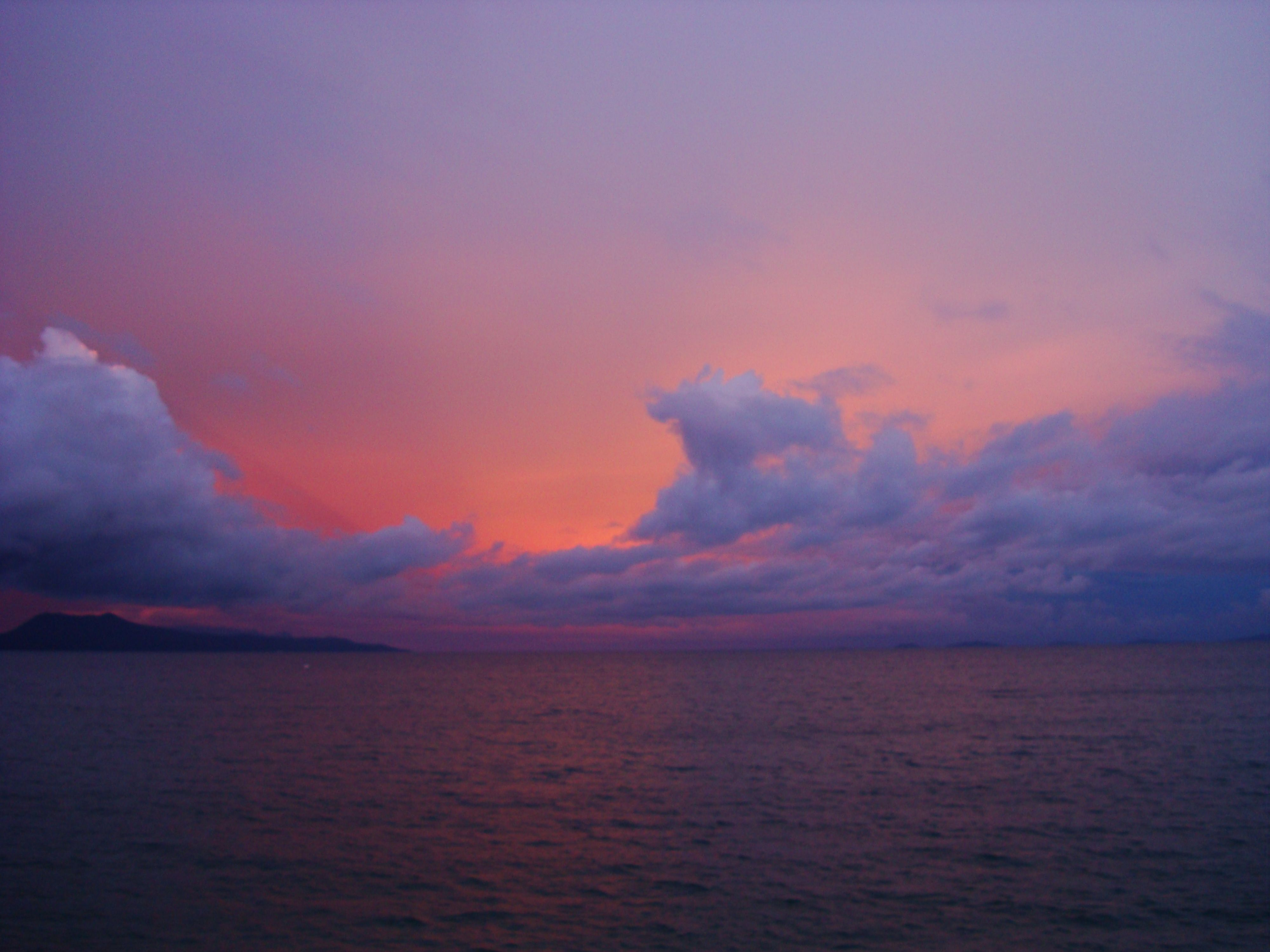 OMG-midnights-sumer-dream-pastel-pinks-and-greys-sunset-over-Varadero-Bay-Tabinay-02.JPG (4000×3000)