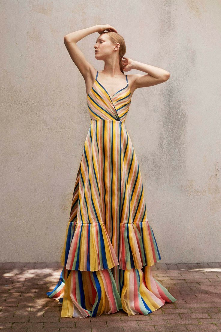 d817bd7a1 Carolina Herrera Resort 2018 Fashion Show in 2019   Gowns   Fashion ...
