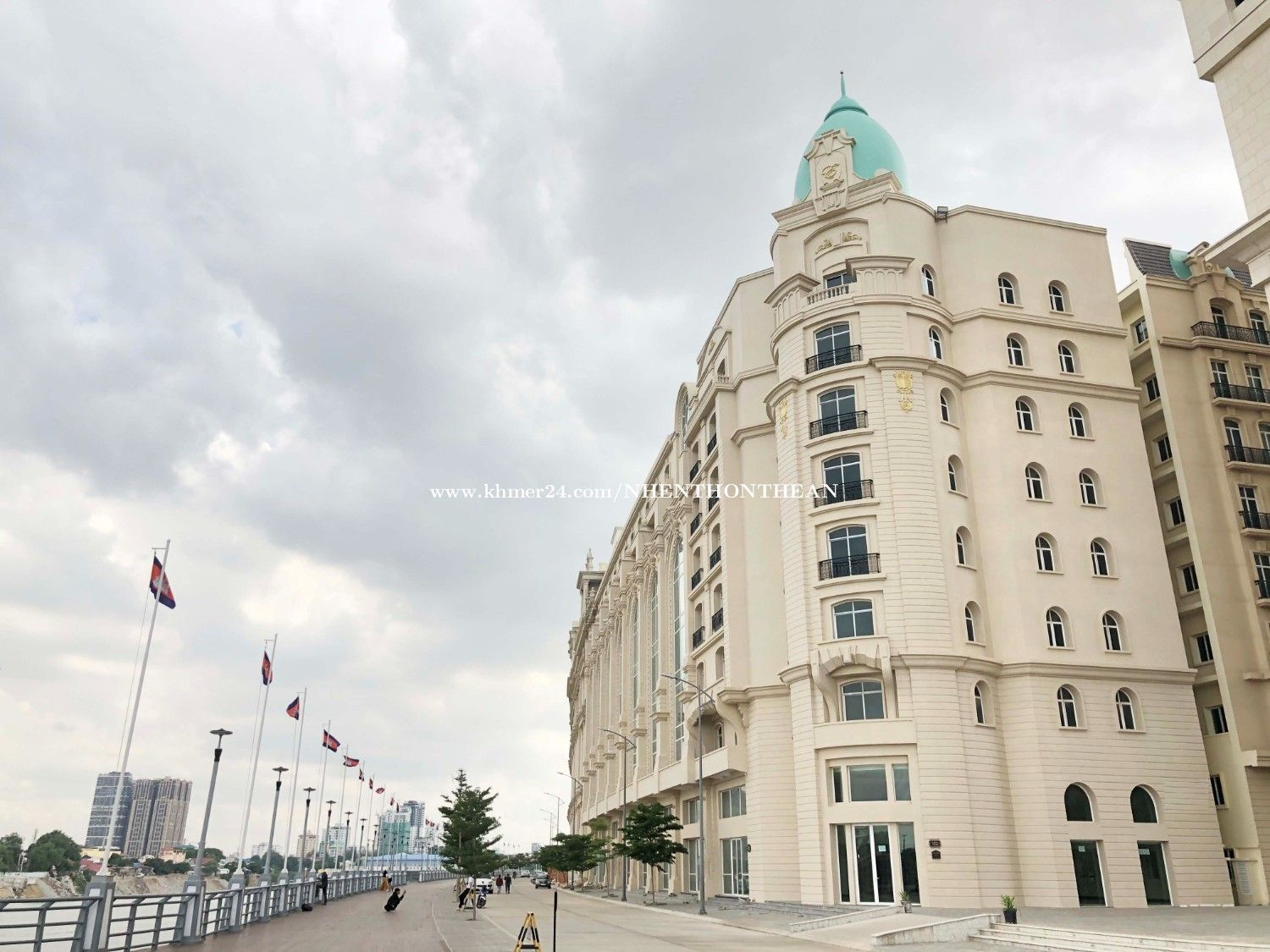 Photo of Hotel For Rent in Daimond Island Close to NagaWorld.