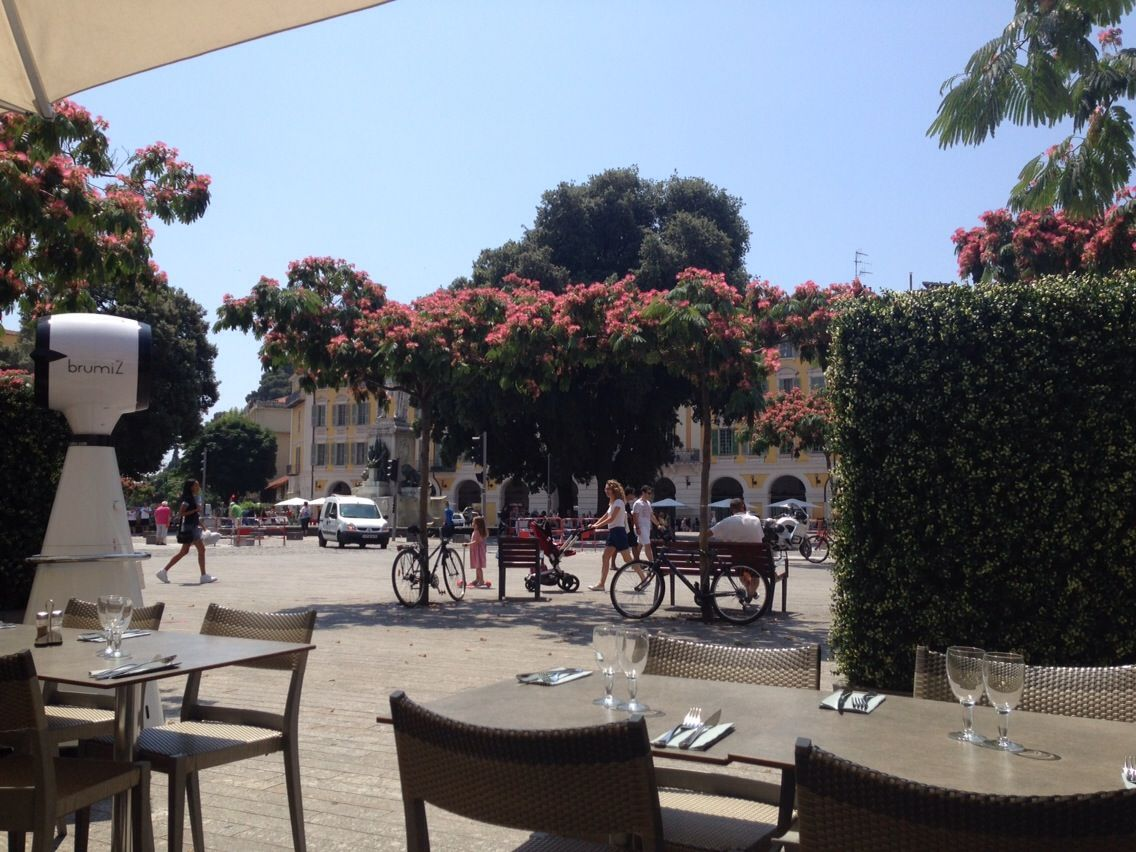Place Garibaldi Fleurie