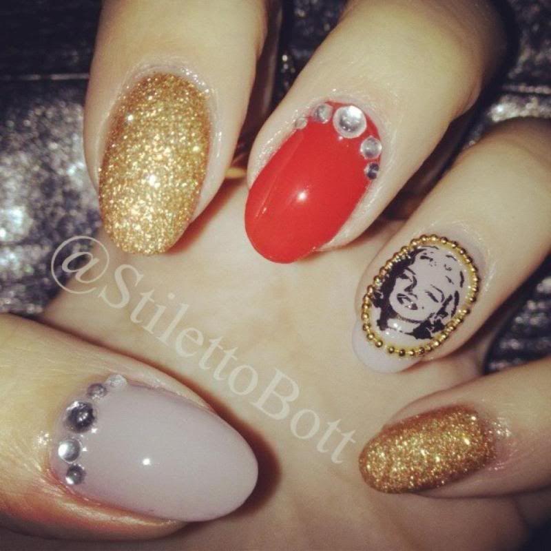 marilyn monroe nails set | rhinestone-3-color-nail-design-ideas ...