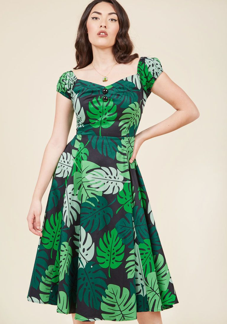Collectif tickle me picnic aline dress in tropical fronds picnics