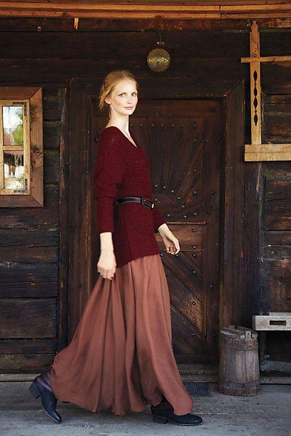 Long skirt, long sweater