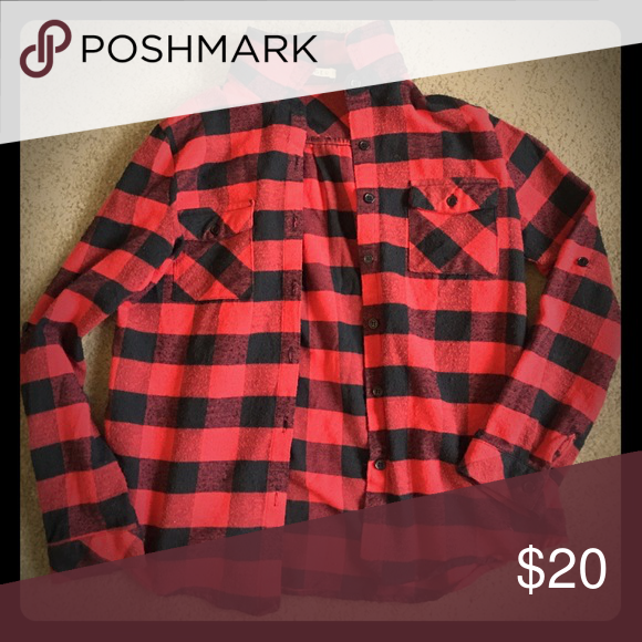 Red and black flannel from Spool 72 - S Red and black checkered flannel from boutique Spool 72! Size small. Fits boyfriend style. Worn twice with no signs of wear and tear. Perfect for this ! Spool 72 Tops Button Down Shirts