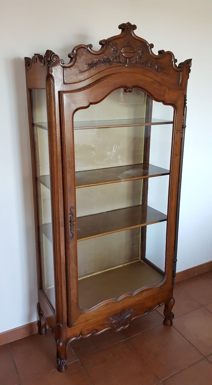 tres rare ancien meuble vitrine provencale 18 me si cle for sale eur see. Black Bedroom Furniture Sets. Home Design Ideas
