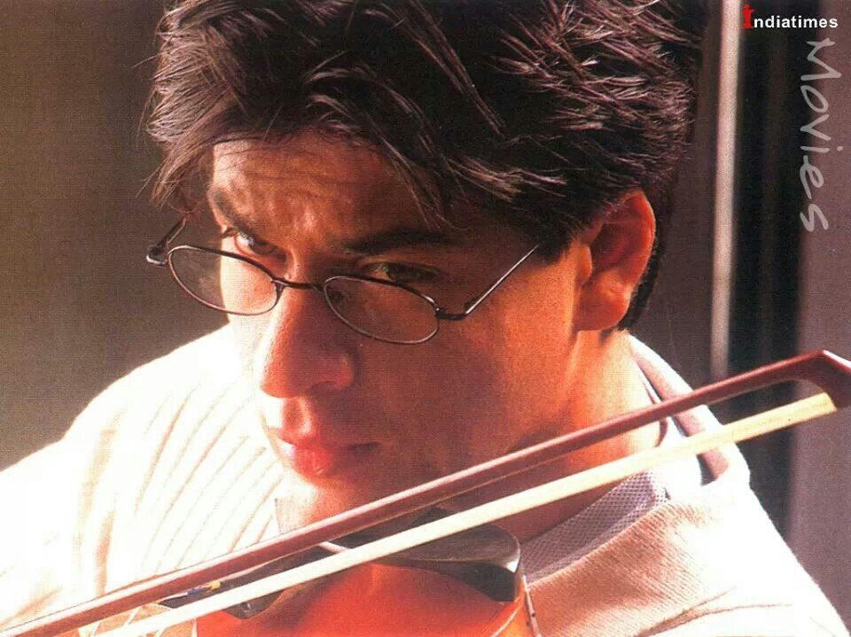 Shah Rukh Khan - Mohabbatein (2000) | Shahrukh Khan ...