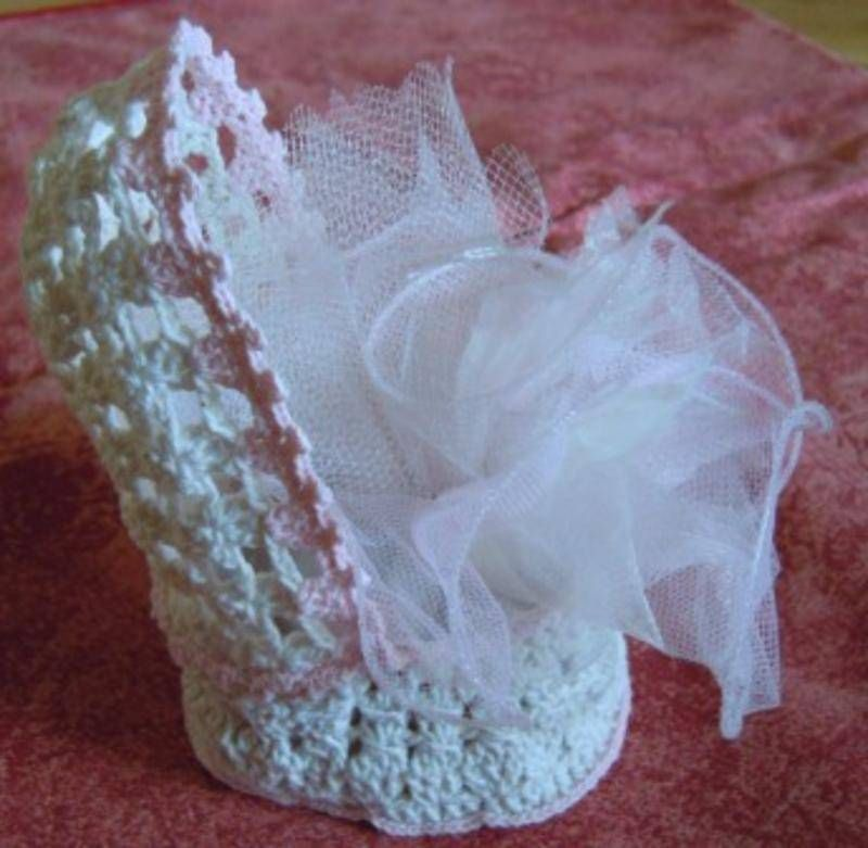berceau cru et rose fait main au crochet r f 04 couffin cru rose miniatures et petits. Black Bedroom Furniture Sets. Home Design Ideas