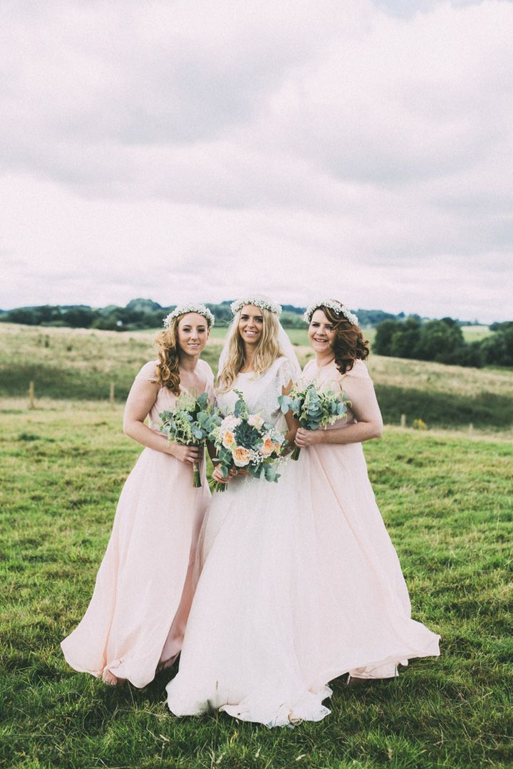 Blush bridesmaids and Gypsophelia flower crowns for bride and bridesmaids | fabmood.com #blush #blushbridesmaids #floralcrown #flowercrown #gypsopheliacrown