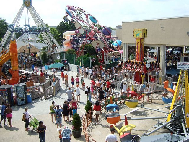 Spend Time Enjoying Clic Amut Rides With The Whole Family At Funland On Rehoboth Beach Boardwalk