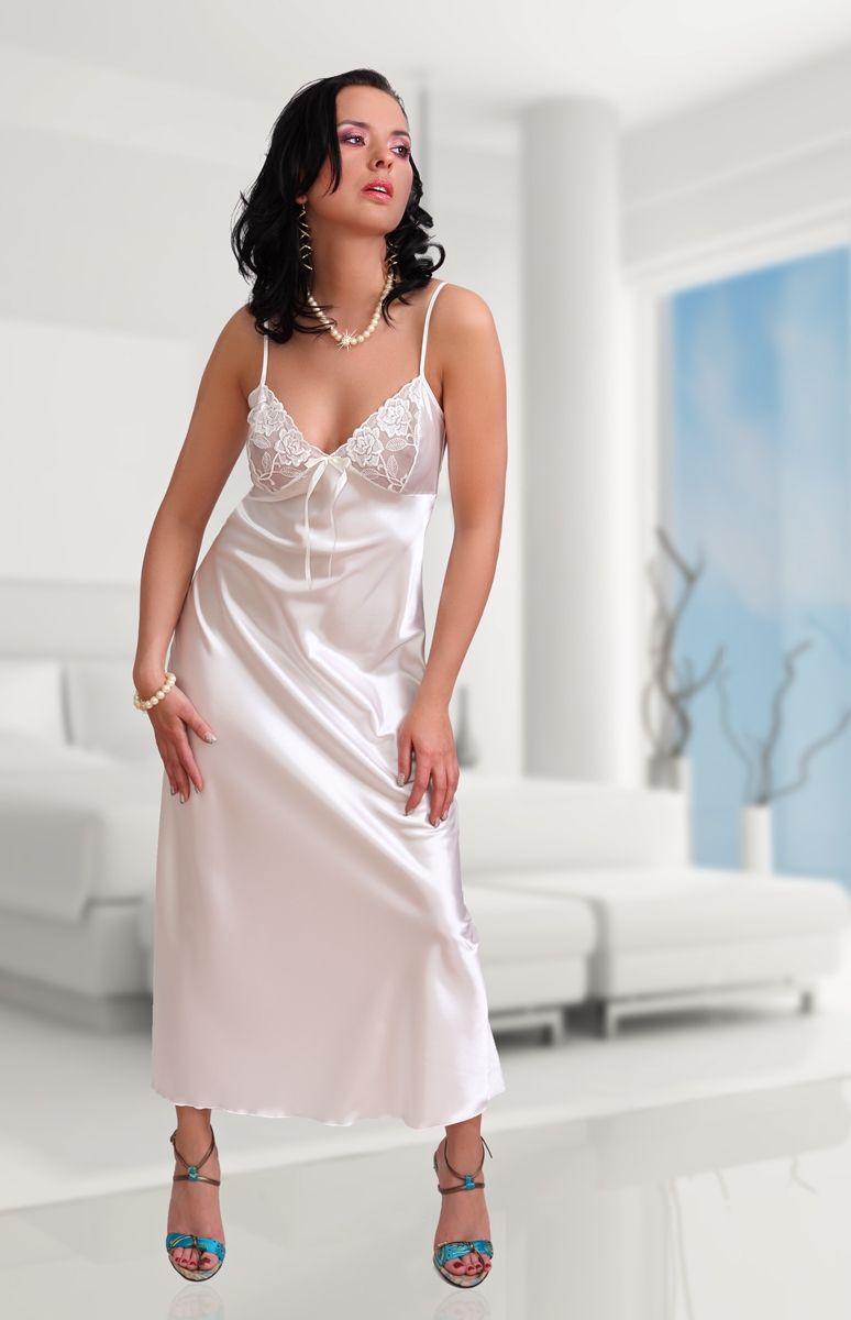 Très Jolie nuisette longue sexy en satin avec dentelle transparente  NS68