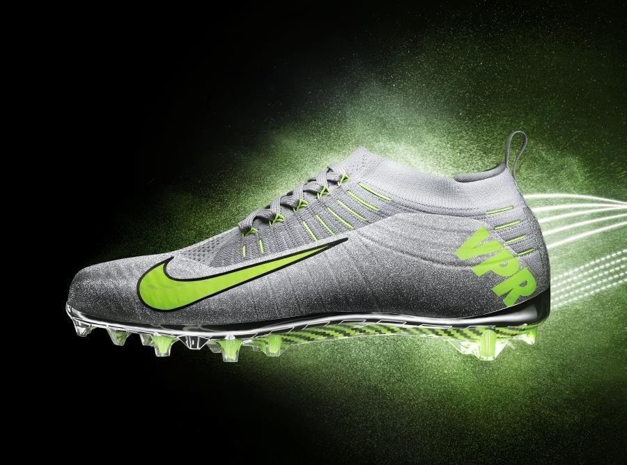 Mens Nike Vapor Ultimate TD Carbon Football Cleats Size 9 Metallic Silver/ Volt