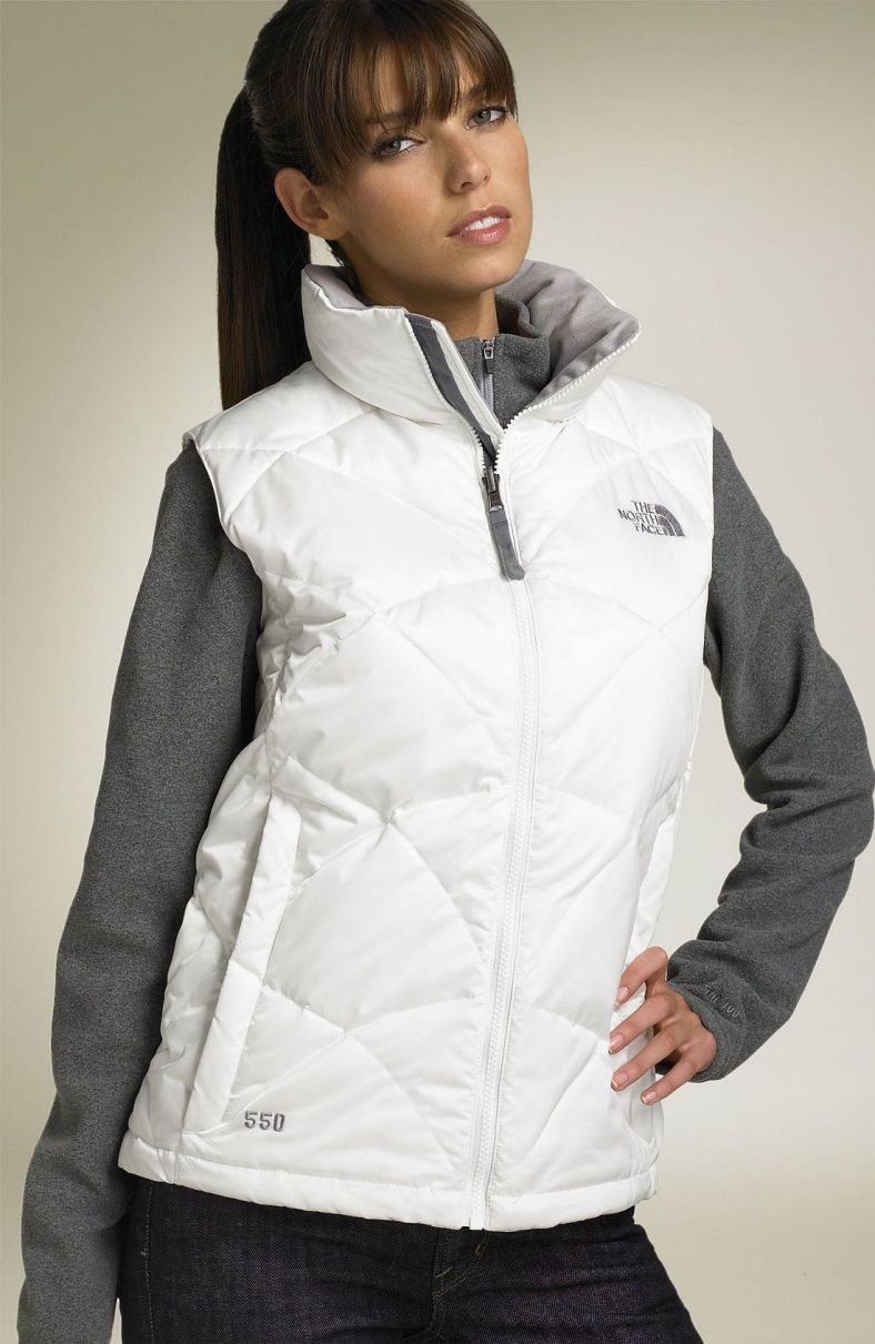 The North Face Aconcagua Down Vest White The North Face North Face Vest North Face Women [ 1211 x 788 Pixel ]