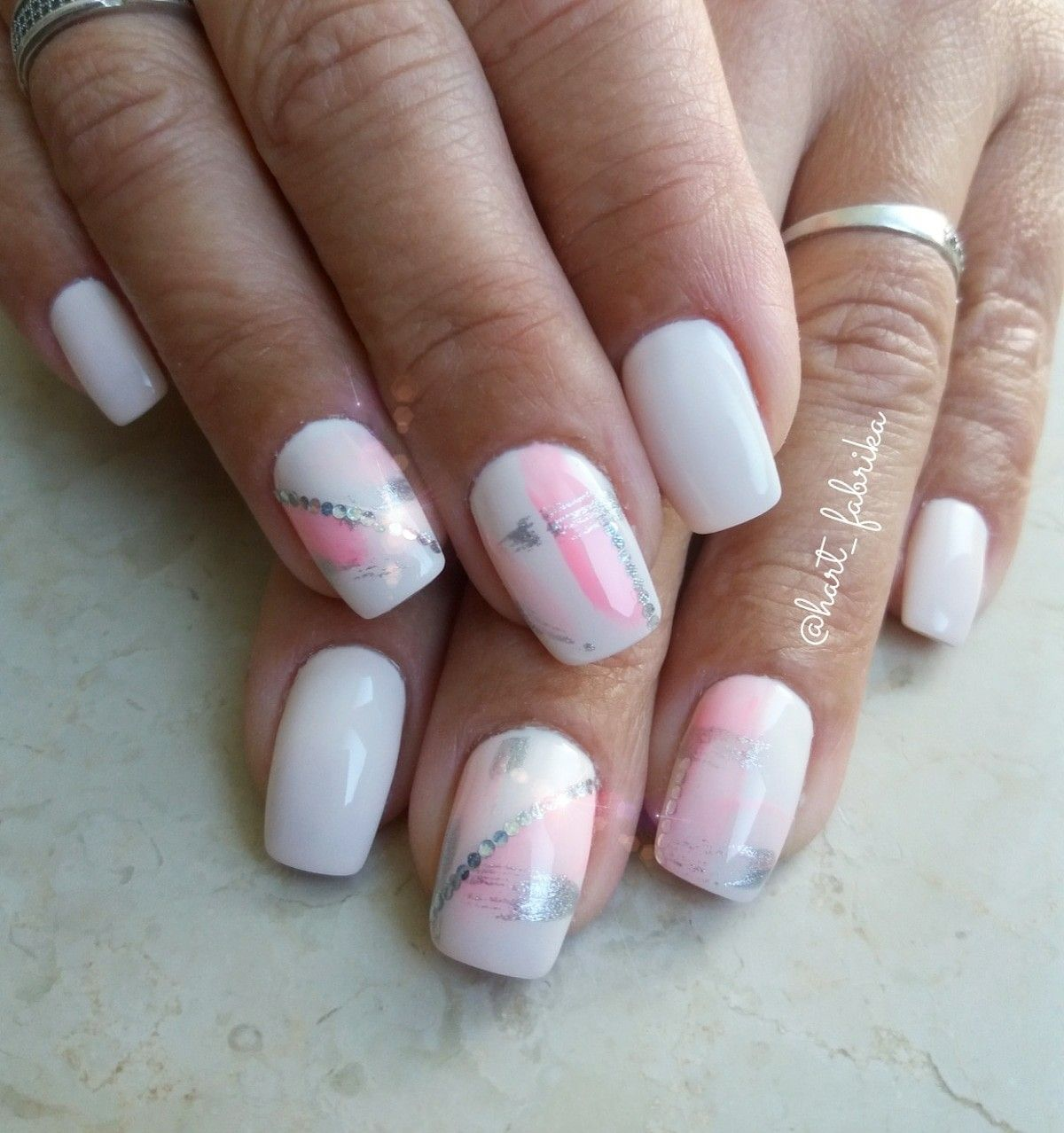 Summer Nail Design White Nails With Pink And Silved Details Nails Gel Nail Designs Gel Nails