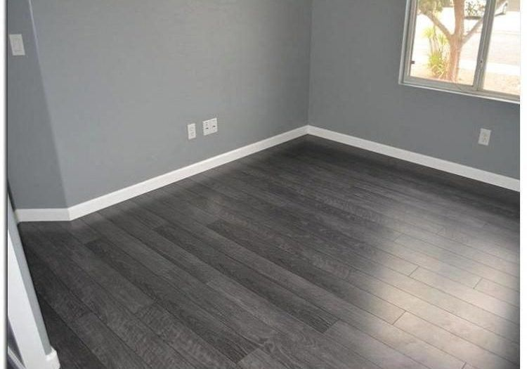 20 Grey Floor Living Room Magzhouse, What Colour Paint Goes With Grey Laminate Flooring