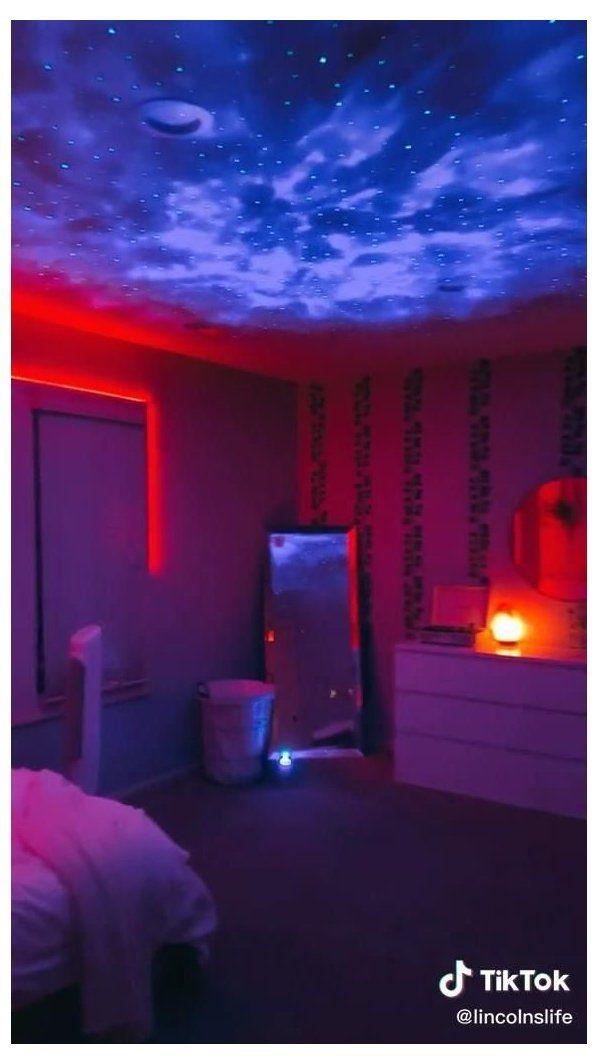 Vsco Bedroom Dorm Dormroom Led Tiktok Source By Katherinebillit Brandy Melville Aesthetic Bedr Hayallerdeki Odalar Havali Odalar Cibinlikli Yataklar