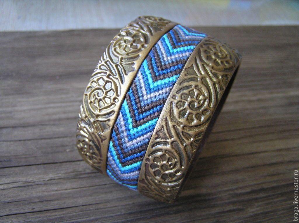 Купить Браслет с плетеным элементом золотистый, коричневый, синий, бирюзовый - браслет бохо, широкий браслет
